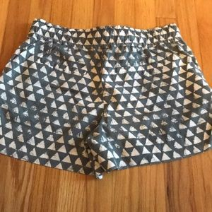 LOFT Shorts - LOFT gray and white patterned shorts!
